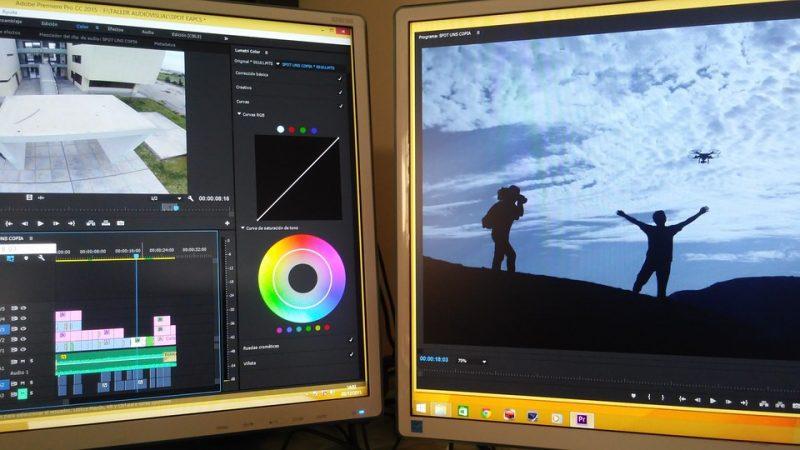 Monitor per video editing con spettro di colori